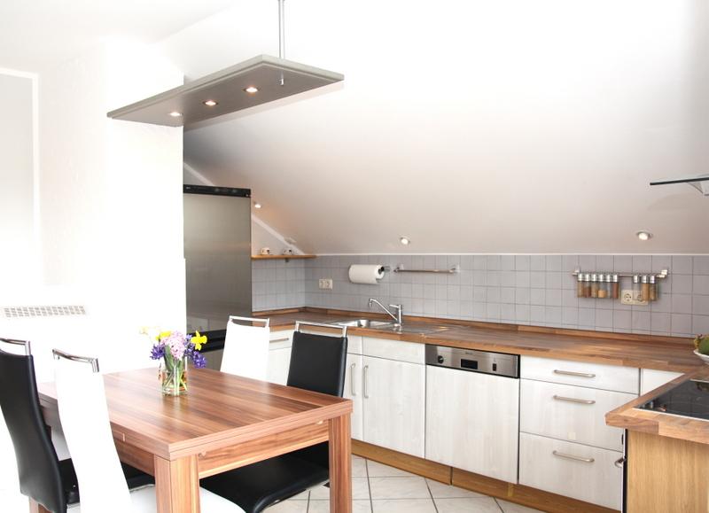 die Küche | Ferienwohnung in Starnberg - Familie Muha